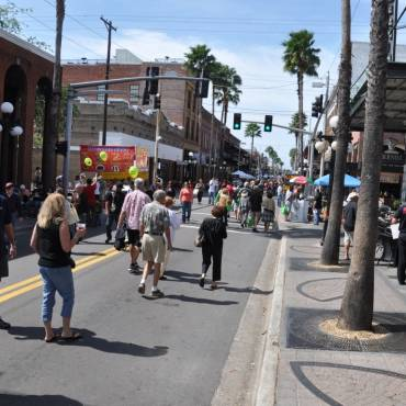 New York Times Reporter Stops in Ybor City