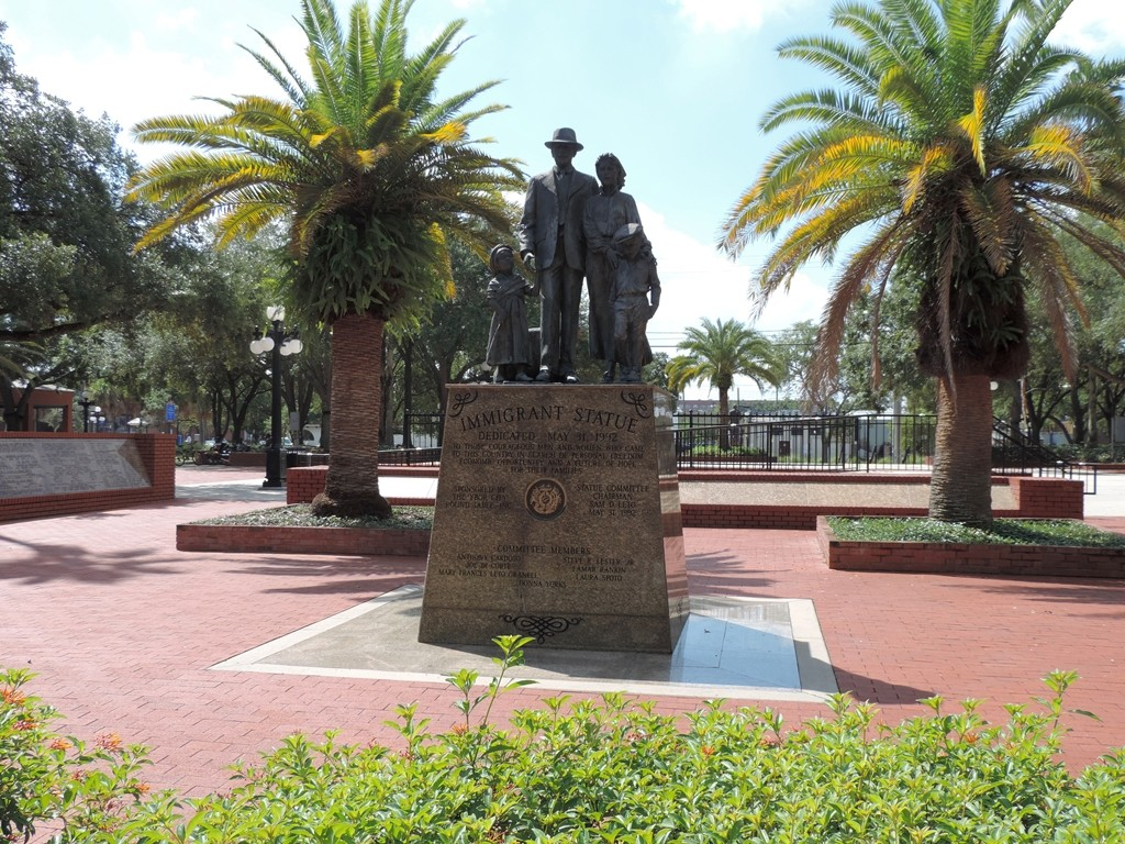 Ybor Imigrant statue in centennial park