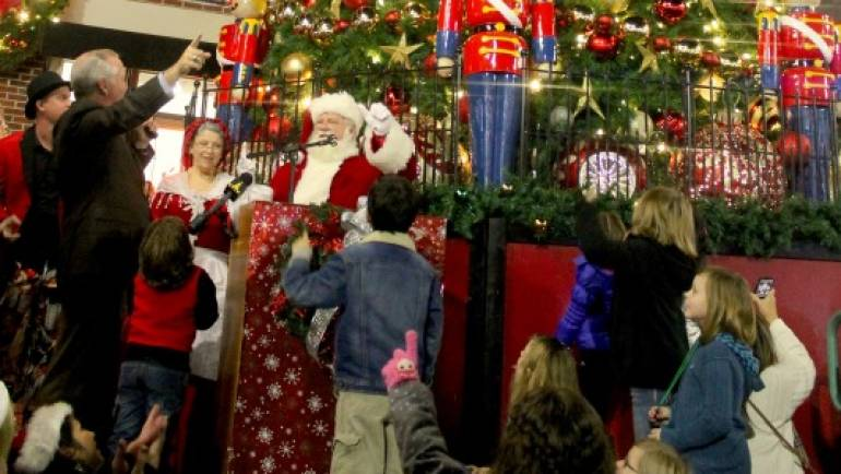 Tis the Season in Historic Ybor City!