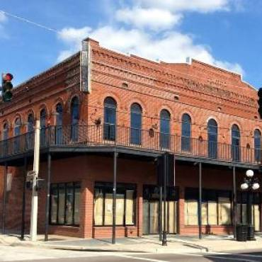 Restored Building to Open as Zydeco Brew Werks